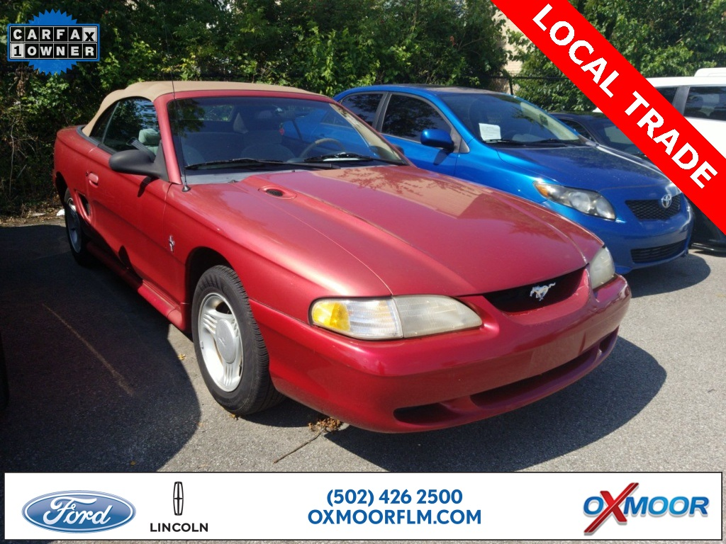 Pre owned 1995 ford mustang v6 2d convertible
